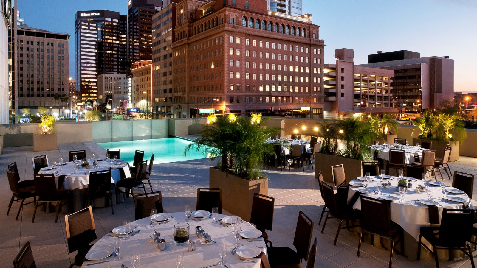 The Westin Phoenix Downtown - Outdoor Setup