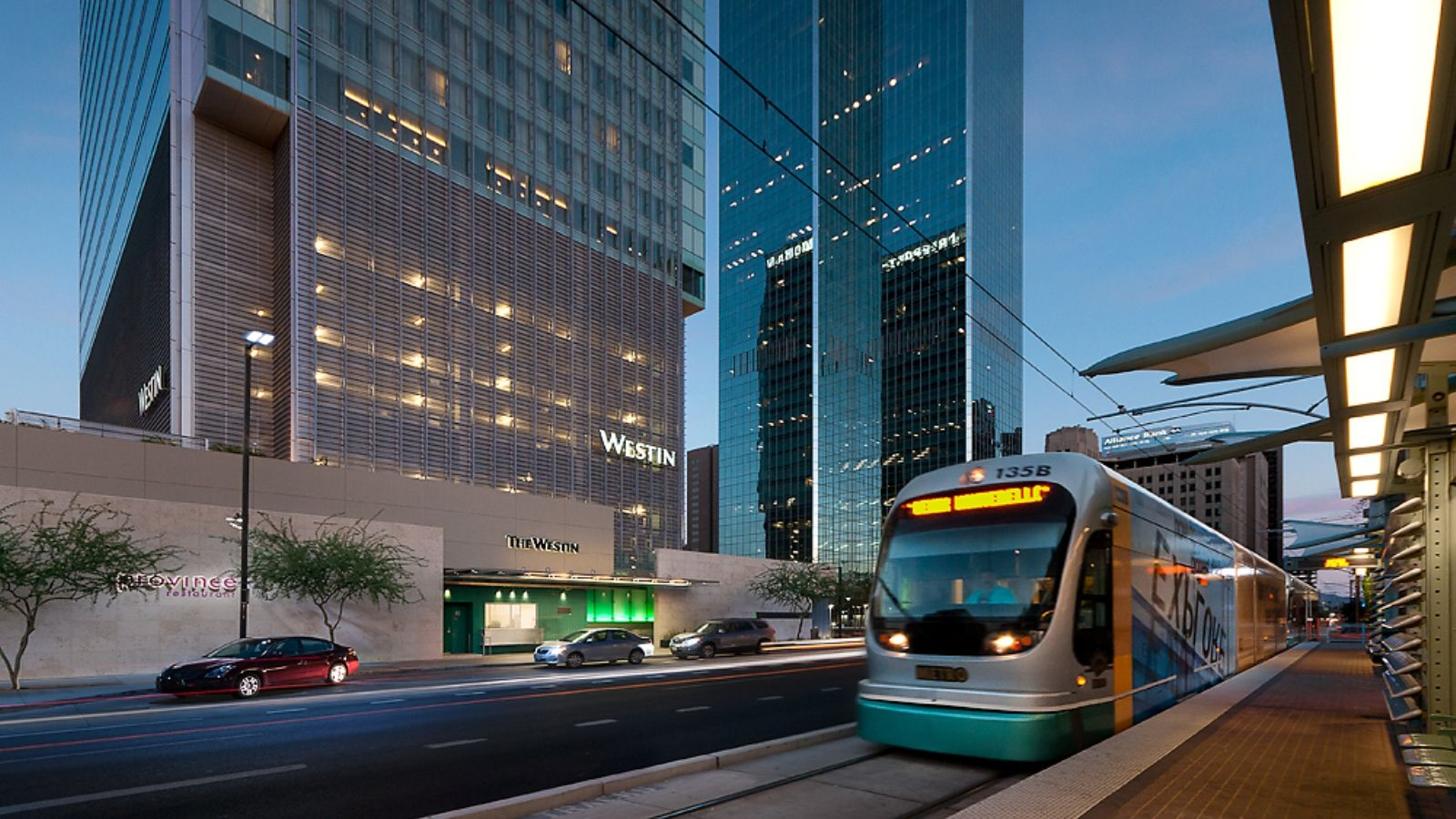 Hotels near ASU - The Westin Phoenix Downtown Hotel